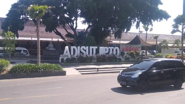 Halaman muka Bandara Adisutjipto Yogyakarta. Foto: Medcom.id/Ahmad Mustaqim