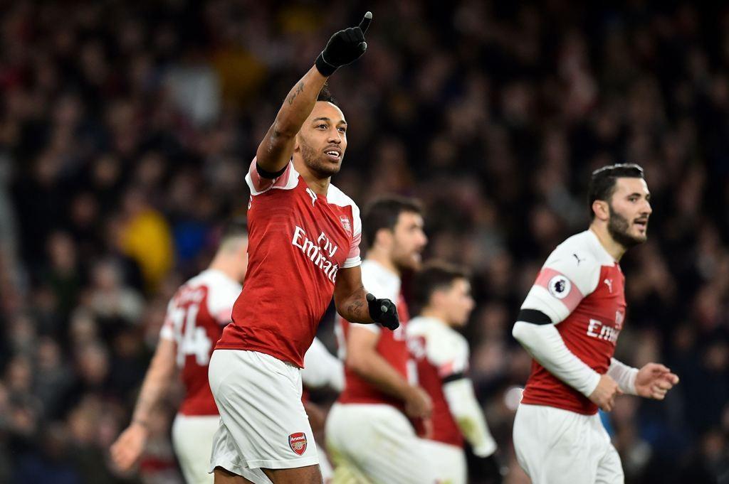 Selebrasi gol striker Arsenal, Pierre Emerick-Aubameyang. (Glyn KIRK / AFP)