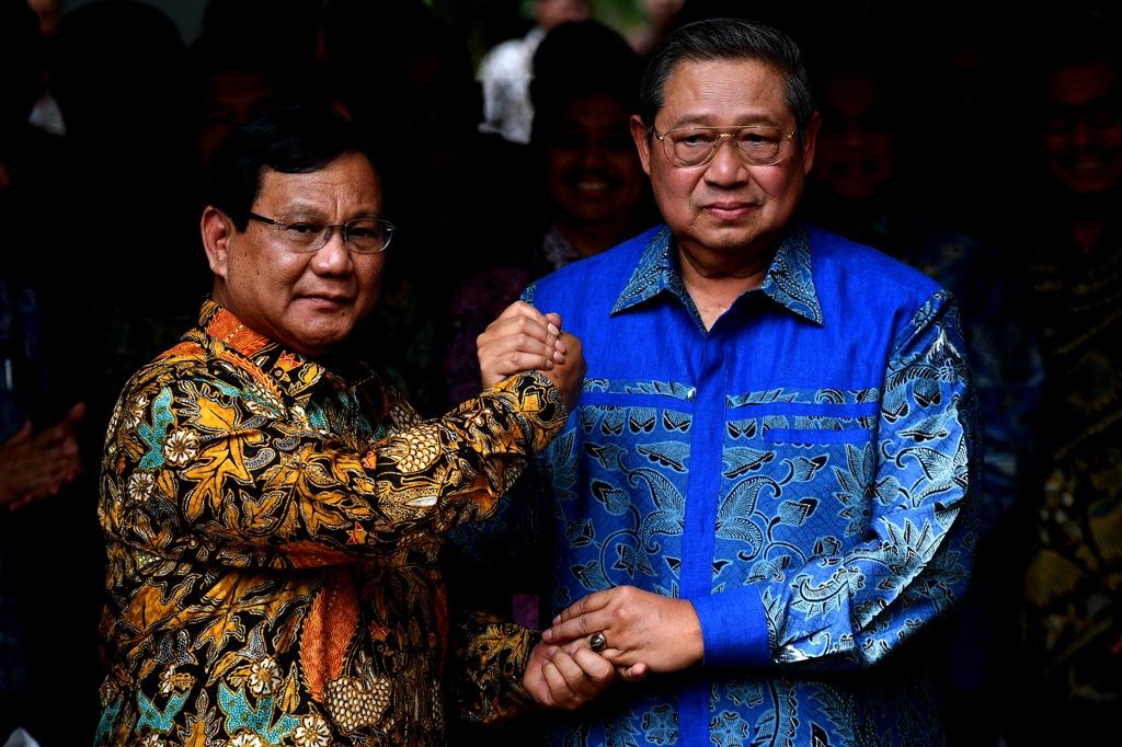 Capres nomor urut 02 Prabowo Subianto dan Ketua Umum Partai Demokrat Susilo Bambang Yudhoyono. Foto: Antara/Sigid Kurniawan.