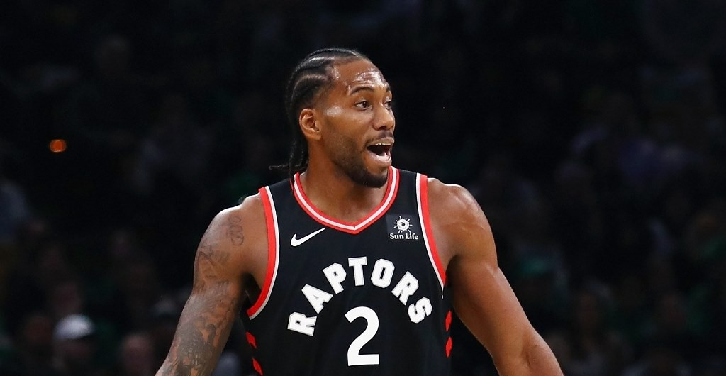 Kawhi Leonard mencetak angka tertinggi dalam kariernya sekaligus membawa Raptors menang atas Jazz (AFP/Tim Bradbury)