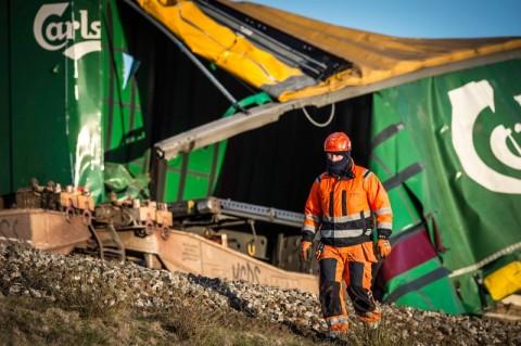 Penumpang Gambarkan Kengerian Kecelakaan Kereta Denmark