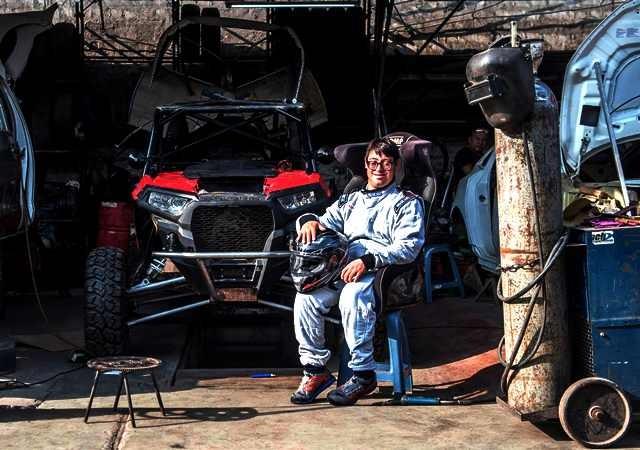 Lucas Barron dan ayahnya akan berlaga di kelas UTV dalam Dakar Rally 2019 Peru. AFP Photo/Ernesto Benavides