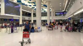Badai Pabuk Mengintai, Turis Tinggalkan Pulau Thailand
