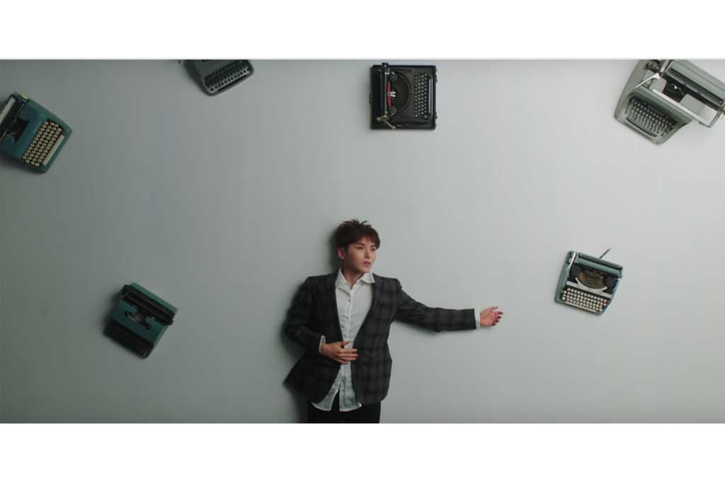 Ryeowook dalam video musik I'am Not Over You (Foto: YouTube SM Town)