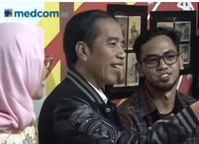 Presiden Joko Widodo berbincang dengan generasi milenial di Blitar, Jawa Timur, Kamis, 3 Januari 2019 malam--Metro TV