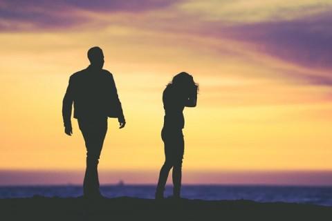 Lakukan Tiga Hal Ini Saat Berpikir tentang Perceraian