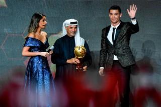 Ronaldo Jadi Pemain Terbaik Dunia Versi Globe Soccer Awards