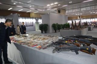 Pemerintah Xinjiang Pamerkan Bukti Bentrokan Berujung Kekerasan