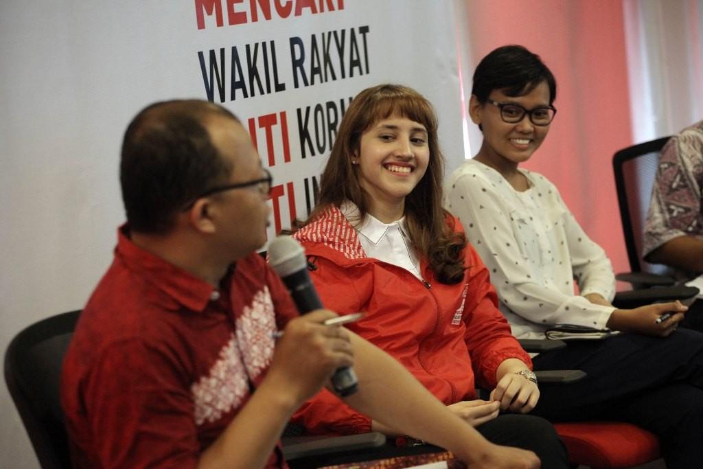 Ketua DPP PSI Tsamara Amany (tengah) Foto: MI/Arya Manggala