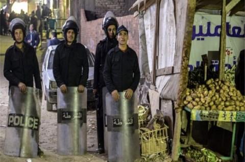 Polisi Mesir Tewas saat Jinakkan Bom di Gereja Koptik
