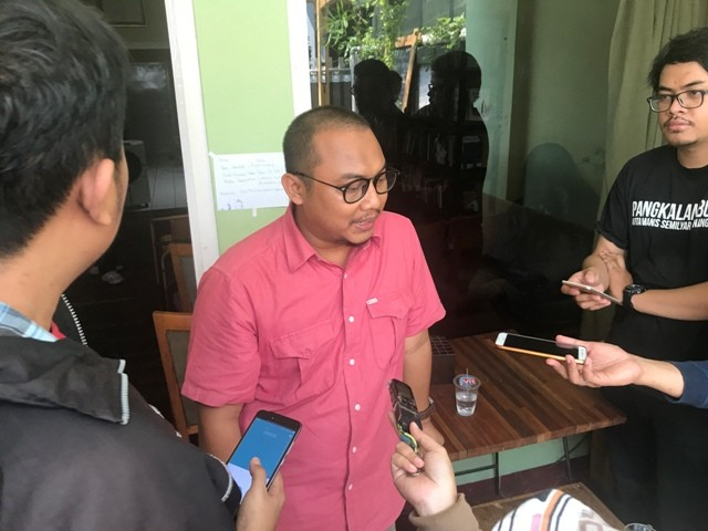 Ketua Konstitusi dan Demokrasi (KoDe) Inisiatif, Veri Junaidi. Medcom.id/ Bryant Gozali