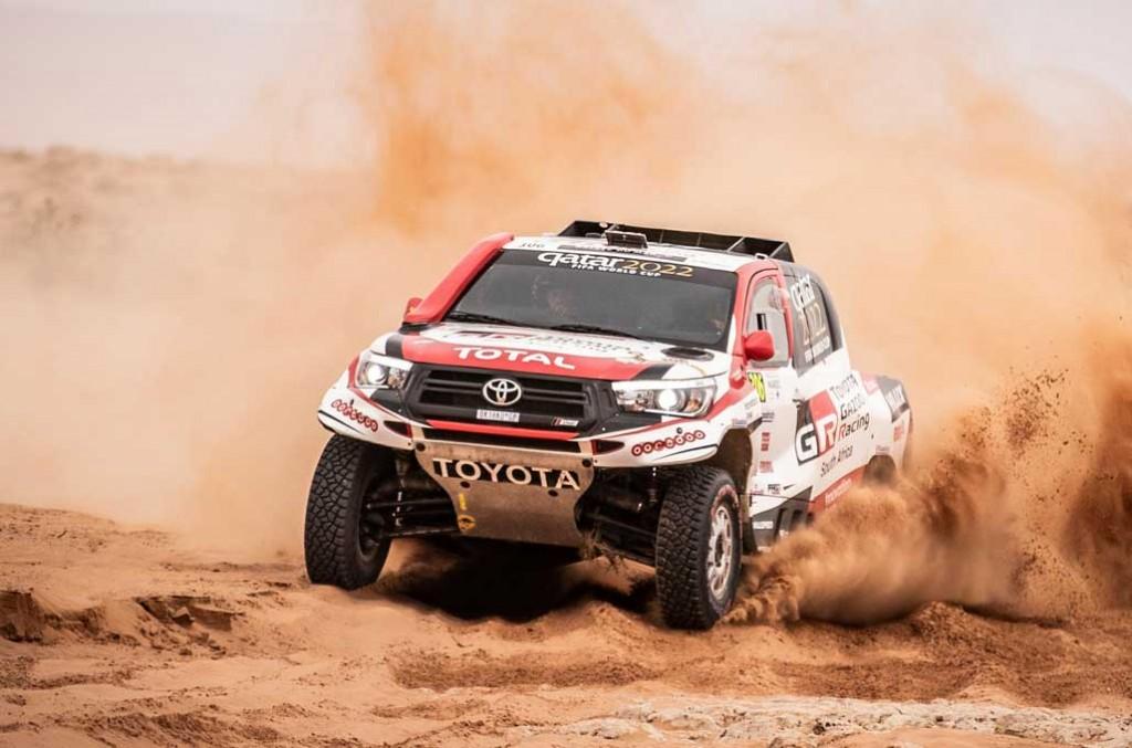Toyota lakukan ubahan kecil di sistem pendingin mesin dan suspensi untuk hadapi Dakar Rally 2019. TGR
