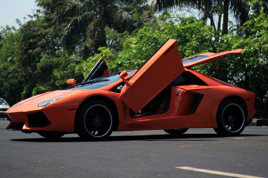 Replika Lamborghini Aventador dibangun dari basis Honda Accord. Carscoops