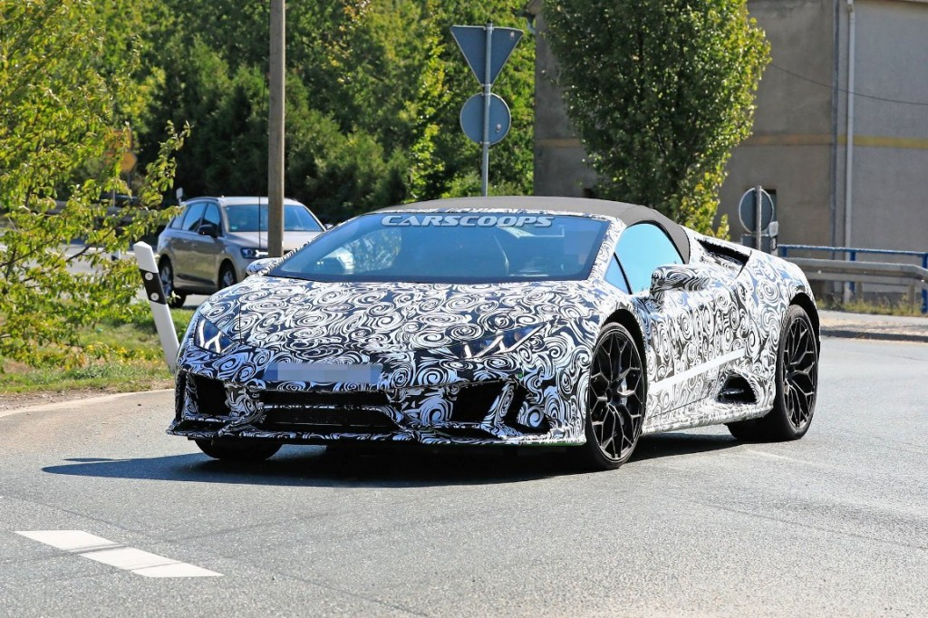 Spyshot Lamborghini Huracan. Carscoops