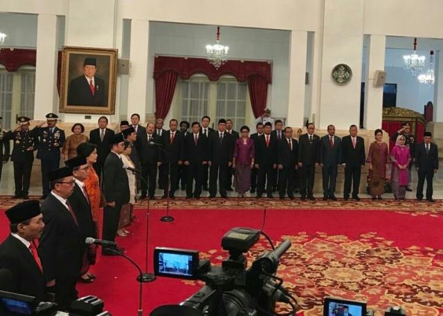 Presiden Joko Widodo melantik tujuh anggota Lembaga Perlindungan Saksi dan Korban (LPSK) di Istana Negara, Jakarta, Senin, 7 Januari 2019--Medcom.id/Achmad Zulfikar Fazli.