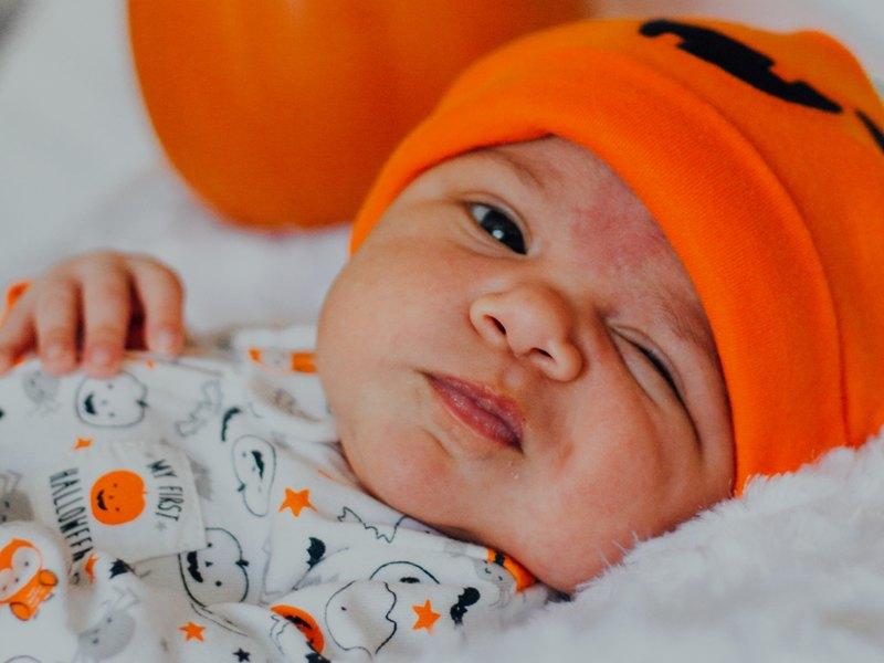 Ada beberapa jerawat yang menghinggapi kulit bayi (Foto Ilustrasi: Omar Lopez/Unsplash.com)