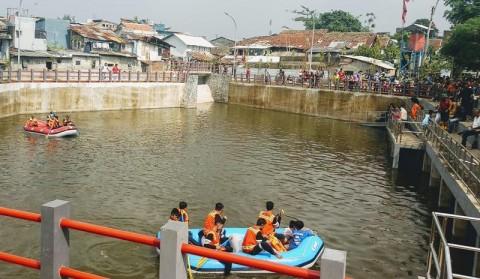 Wali Kota Bandung Resmikan Kolam Retensi Sirnaraga