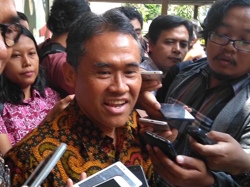 Rektor UGM Panut Mulyono di kantor Ombudsman RI Daerah Istimewa Yogyakarta, Selasa 8 Januari 2019. Medcom.id/Patricia Vicka