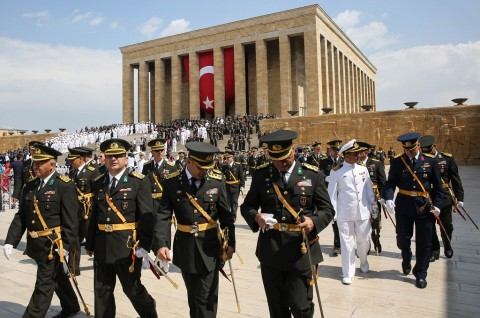 Turki Keluarkan Surat Penangkapan 100 Prajurit Terkait Kudeta