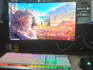 MSI Optix MAG271CQR, Monitor Gaming Lengkung Ideal