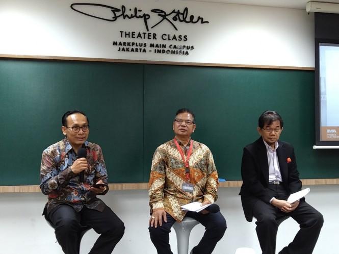 Presiden Indonesia Marketing Association (IMA) De Yong Adrian (tengah). (FOTO: Medcom.id/Ilham Wibowo)