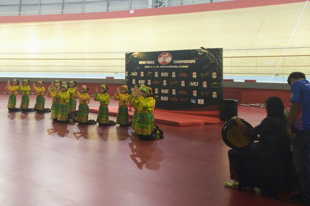 Pembukaan Asian Track Championship ATC 2019 dibuka dengan Tari Saman. (Foto: medcom.id/Kautsar Halim)