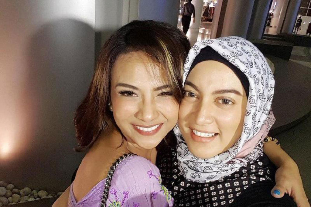 Vanessa Angel (kiri) dan Jane Shalimar (kanan) (Foto: Instagram @janeshalimar_1)