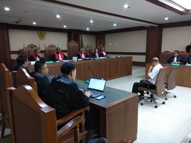 Sidang putusan Mantan Kepala Biro Administrasi Umum dan Keuangan Universtitas Udayana, Made Meregawa. Foto: Medcom.id/Fachri Audhia Hafiez.