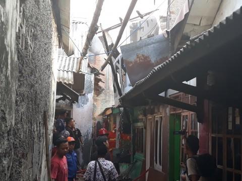 Ledakan Tabung Gas di Tangerang Hanguskan Tiga Rumah