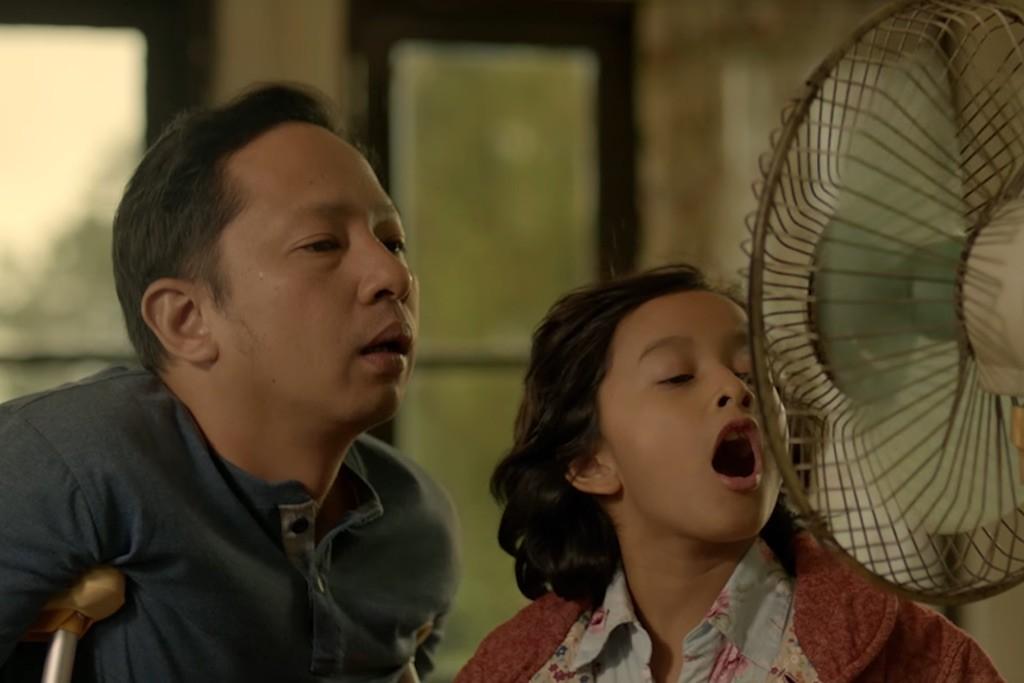 Ringgo Agus Rahman dan Widuri Putri dalam Keluarga Cemara (Visinema Pictures)