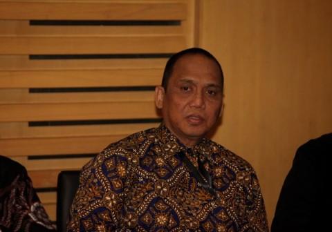 Jokowi Diminta Beri Atensi Penuntasan Teror KPK