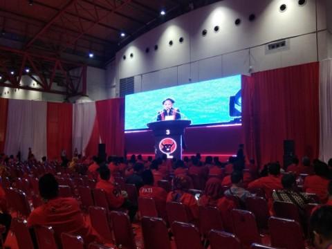 Megawati Sindir Kader Karbitan