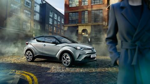 Pasar C-HR Hybrid di Indonesia Belum Yakinkan Toyota