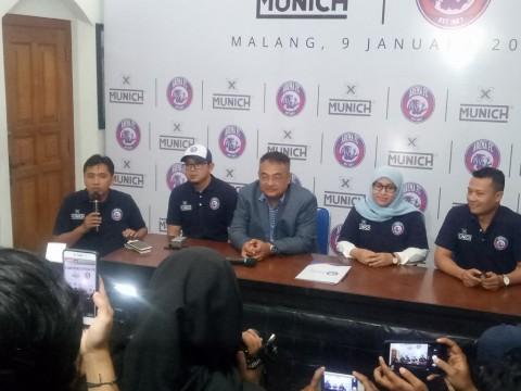Konferensi pers Arema FC bersama apparel Munich-X. (Foto:
