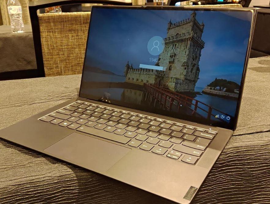 Laptop ultra thin masih menjadi salah satu kategori yang diminati.