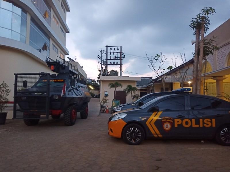 Kendaraan taktis milik Satuan Brimob Polda Jateng usai memindahkan para Narapidana dari Solo di Mapolda Jateng.