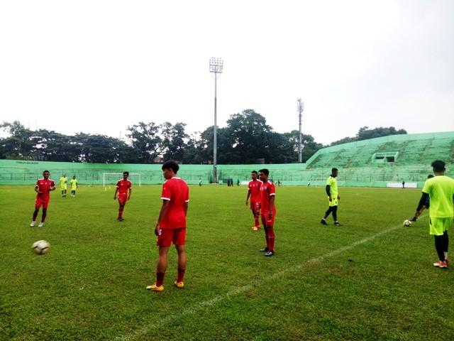 Latihan perdana Arema FC di Stadion Gajayana, Malang-Medcom.id/DAVIQ