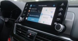 Headunit Mobil Kini Bisa Buat Ragam Transaksi Online