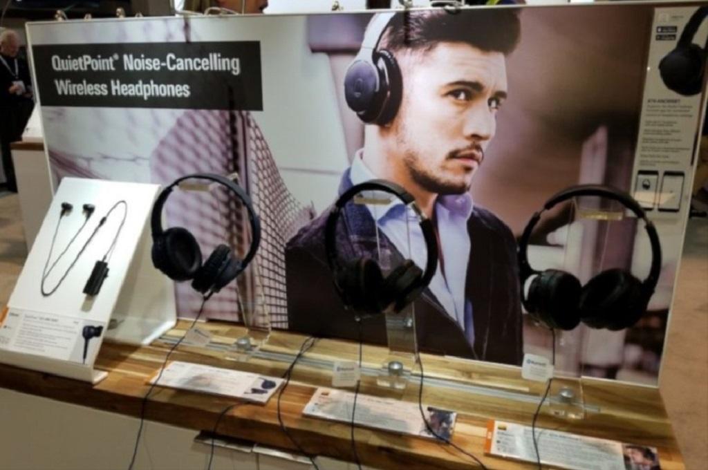 Audio-Technica memperkenalkan tiga headphone Bluetooth noise-canceling baru di CES 2019.