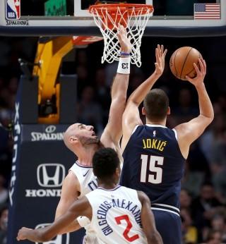 Habisi Clippers, Nuggets Perkasa di Puncak Wilayah Barat