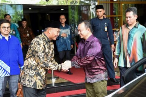 Indonesia-Malaysia Jajaki Pertukaran Guru