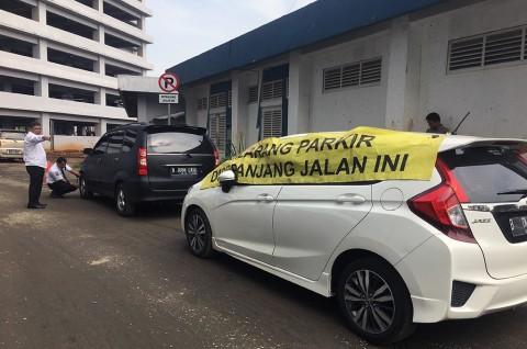 Kendaraan Parkir Sembarangan di Bekasi Bakal Diderek