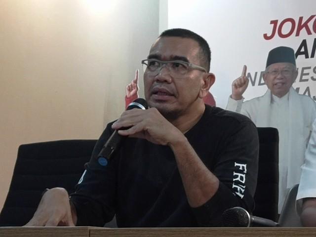 Juru Bicara Tim Kampanye Nasional (TKN) Jokowi-Ma'ruf Arya Sinulingga. Foto: Medcom.id/Marselina Tabita.
