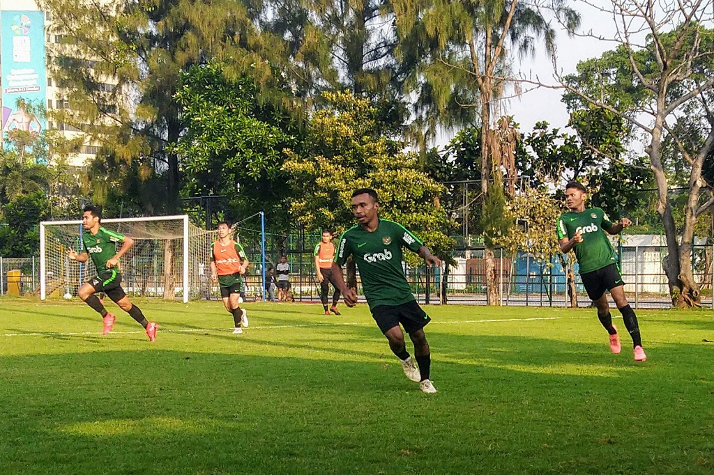 Suasana laga internal seleksi Timnas Indonesia U-22 di Lapangan ABC Senayan, Sabtu (12/1) (Medcom.id/Kautsar Halim)