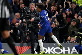 Chelsea Kalahkan Newcastle 2-1