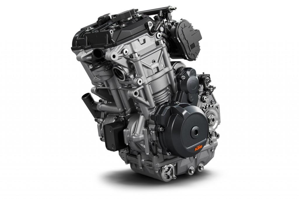 Mesin 500 cc dua-silinder yang dikembangkan diperkirakan memiliki tenaga 70-80 daya kuda. KTM