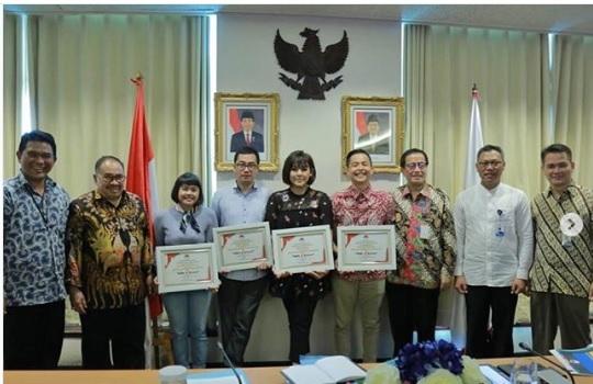 Pemberian penghargaan dari Pusat Pelaporan dan Analisis Transaksi Keuangan (PPATK) Republik Indonesia. (Foto: @ernestprakasa )