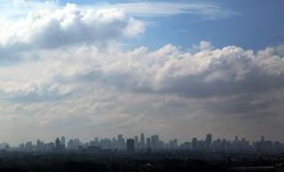 Jakarta Berawan di Awal Pekan
