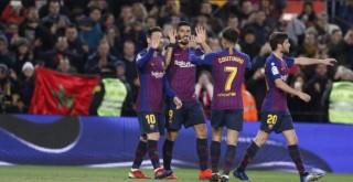 Suarez dan Messi Antar Barcelona Bungkam Eibar