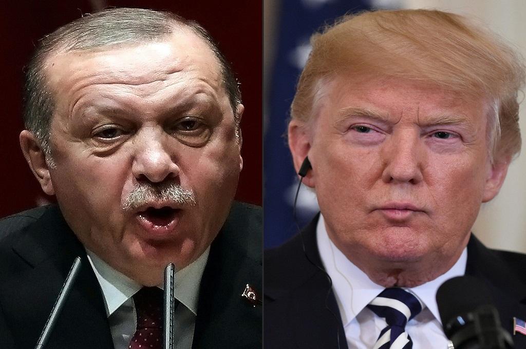 Presiden AS Donald Trump (kanan) dan Presiden Turki Recep Tayyip Erdogan. (Foto: ADEM ALTAN/SAUL LOEB)